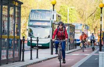Govt calls for cycle safety evidence as report backs new offence