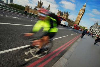 Ministers consult on new offences for cyclists