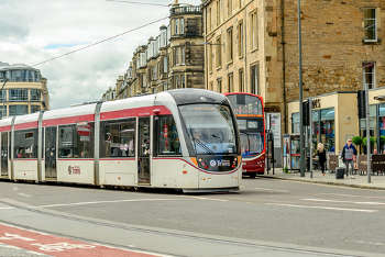 Edinburgh may not get £20m bus dividend for tram extension
