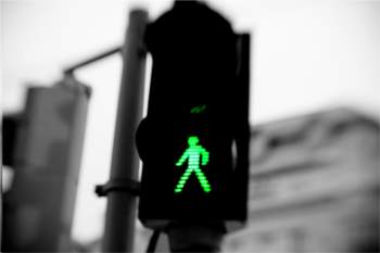 Traffic signals could use AI to make crossings easier