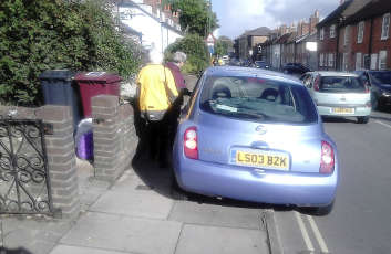 DfT 'considering TRO alternative' to tackle pavement parking