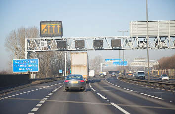 Highways England reviewing use of variable speed limits