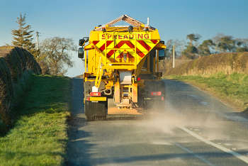 Gritters repair roads as surfaces melt 'like chocolate'