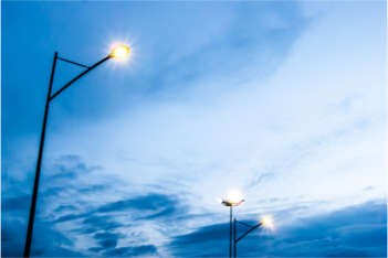 Street lighting reinforces inequality, report suggests