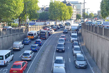 Coffey 'astonished' at Bristol air pollution delay