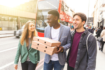 Make buses as easy for young as ordering pizza, says watchdog